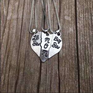 Other - Mom, Big Sis, Lil Sis necklace set
